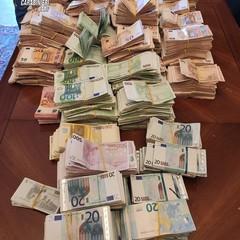 Sottrae 130mila euro ad un paziente: arrestato oncologo di Bitonto