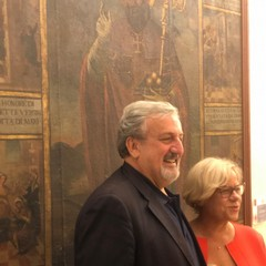 Emiliano e la Capone nel museo
