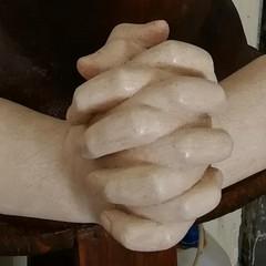 Le mani congiunte dellAddolorata