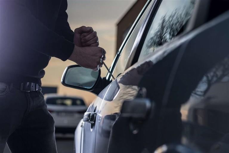 Un furto d'auto