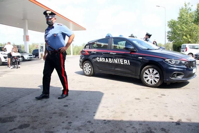 I Carabinieri sul luogo dell'omicidio Caprio