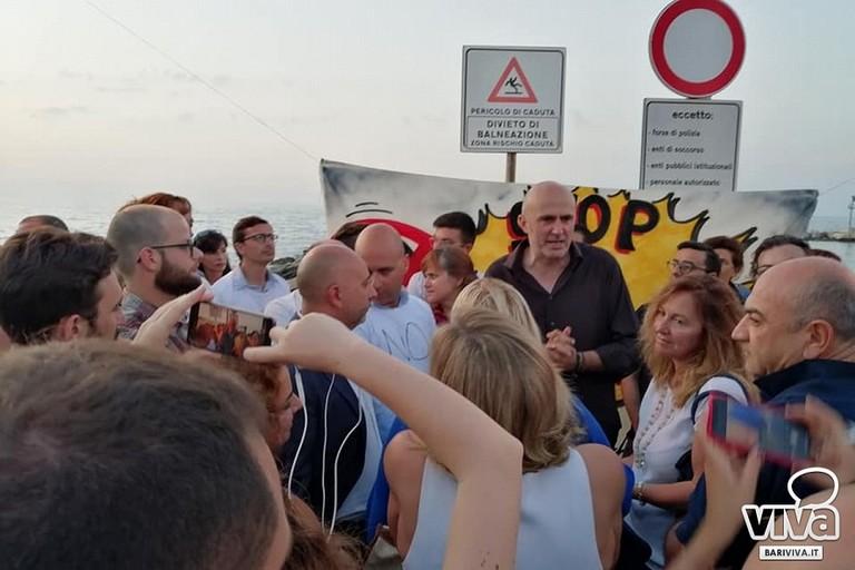 Abbaticchio e De Caro alla manifestazione contro il bullismo a Palese