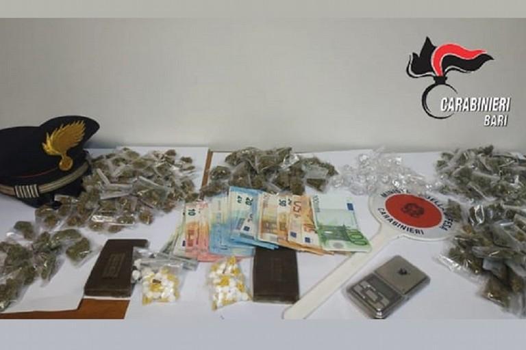 Bazar della droga in soffitta: a Bitonto arrestato 22enne