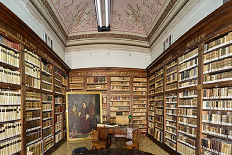 Biblioteca Rogadeo