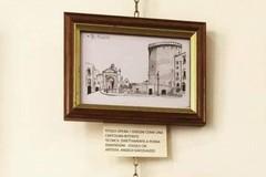 Bitonto disegnata in una mostra a Gravina
