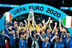 L'Italia è Campione d'Europa dopo 53 anni. Festa a Bitonto