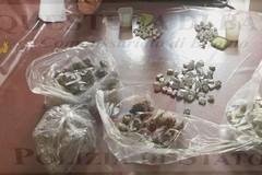 Blitz nel centro storico, i pusher fuggono: sequestrata droga