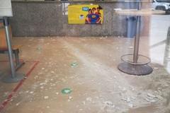 Si stacca l'intonaco dal soffitto, Posta Centrale chiusa a Bitonto