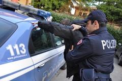 Sorpreso a vendere droga in via Crocifisso a Bitonto: arrestato 20enne