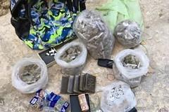 Droga e armi in un locale in ristrutturazione del centro storico di Bitonto