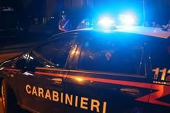 Tenta furto in casa calandosi dal tetto: arrestato un 43enne