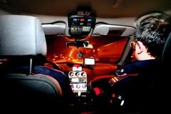 Finge chiamata d'emergenza e ruba il cellulare: 20enne arrestato a Bitonto
