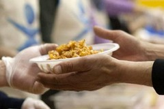 Contro il coronavirus a Bitonto un banco alimentare per chi ha bisogno