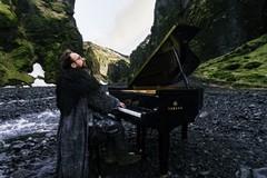 """Costantino Carrara suona sul set di """"Game of Thrones"""": il video è mozzafiato"""