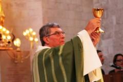 Don Ciccio Acquafredda festeggia 50 anni di sacerdozio