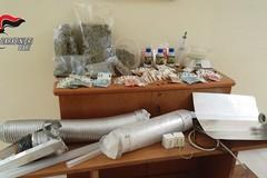 Hashish e oltre un chilo di marijuana: blitz in casa, arrestato un 33enne
