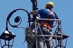 Guasti pubblica illuminazione a Bitonto: ecco chi chiamare