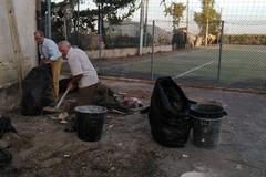A Bitonto i cittadini si rimboccano le maniche e ripuliscono gli angoli delicati della città