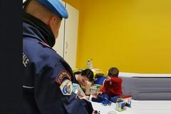 Giocattoli e sorrisi ai piccoli pazienti dell'Ospedaletto con i SASS e l'AIMA di Bitonto