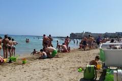 Ragazzo bitontino picchiato in spiaggia a Palese, l'appello del padre: «Chi ha visto parli»