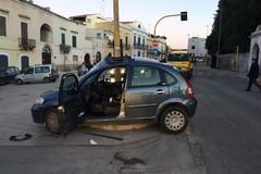 Auto contro un semaforo a Bitonto: muore 41enne