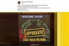 Offese e derisioni fra la parlamentare grillina e il consigliere comunale di Bitonto