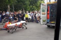 Autobus investe passante in piazza Marconi: la vittima ferita in maniera grave