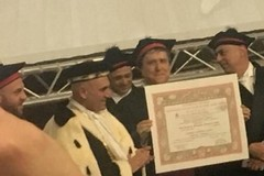 Conferita ieri a Bari la Laurea Honoris Causa a Monsignor Savino