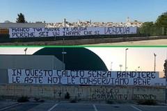 Serie C a rischio a Bitonto: striscioni dei tifosi contro i tesserati