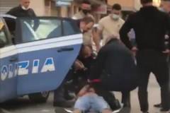 Violenta lite fra padre e figlio a Bitonto. Il video diventa virale