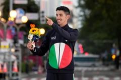 Il sindaco metropolitano Antonio Decaro si congratula con Massimo Stano