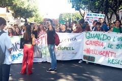 I ragazzi di Bitonto ispirati da Greta Thunberg in marcia per l'ambiente