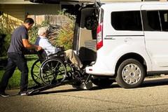 Dal Comune di Bitonto due automezzi per malati e disabili