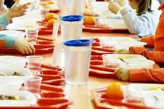 Mensa scolastica rinnovata a Bitonto: prodotti biologici, più scelta e si paga anche col POS