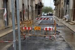 Cede nuovamente l'asfalto in Via Caprera