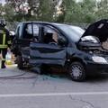 Scontro sulla Bitonto-Giovinazzo: tre feriti, uno estratto dai Vigili del Fuoco