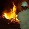 Rifiuti abbandonati e bruciati: scempio ambientale in via Balice