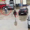 VIDEO – Brutale aggressione al parente di un pregiudicato. Per la Polizia un messaggio mafioso