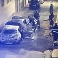 Due auto in fiamme nella notte a Bitonto