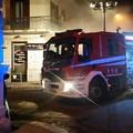 Mistero in via Vespucci: incendio danneggia l'interno di una Kuga