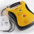 Il primo defibrillatore pubblico comunale donato durante la Giornata del Fanciullo