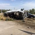 Camion si ribalta sulla Provinciale 231, ferito l'autista