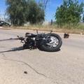 Finisce con la moto contro un trattore, 16enne in prognosi riservata