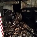 Auto e moto incendiate in un garage interrato di via Fermi