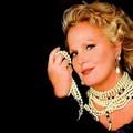 Martedì Katia Ricciarelli a Bitonto per Memento: polemiche sulla sua partecipazione