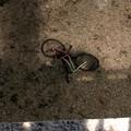 Una bici lanciata nel fossato del Torrione. Abbaticchio: «Il responsabile sarà sanzionato»