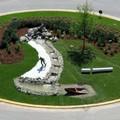 «Rotatorie e spazi verdi adottati da imprese, associazioni e cittadini per migliorare il decoro urbano»