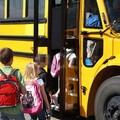Lo scuolabus comunale porterà gli alunni della Passariello di Mariotto nella palestra di Palombaio