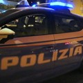 Da Bitonto a Foggia con la droga e senza patente fugge ai Carabinieri e finisce fuori strada