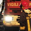 Notte di fuoco a Bitonto: roghi in via Scoppio e in via Modugno